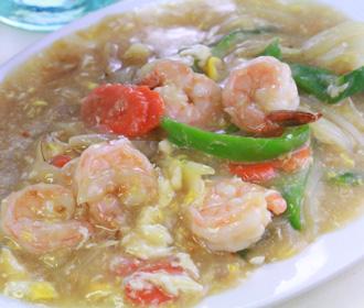 Jumbo Shrimp in Lobster Sauce