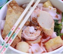 Yen-Ta-Fo Noodle Soup