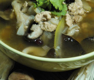 Chopped Chicken and Mushroom Soup