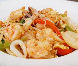 174.  Seafood Pad Thai