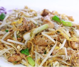 172.  Pad Thai Chicken
