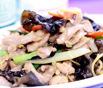 340.  Chicken and Black Fungus