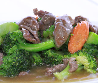 585 Chinese Broccoli & Certified Angus Beef in Oyster Sauce