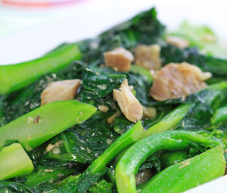 582. Chinese Broccoli w/Salted Fish Chunks