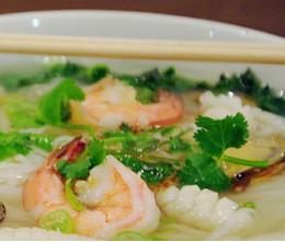 152. Seafood Noodle Soup