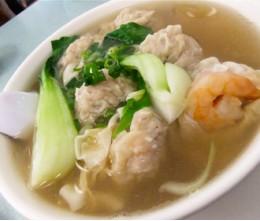 Seafood Won-Ton Mein Noodle Soup