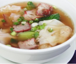 102.  Wonton Soup with BBQ Pork