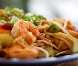 166.  Jumbo Shrimps Chow Mein